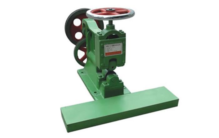 MR4115锯条滚压机